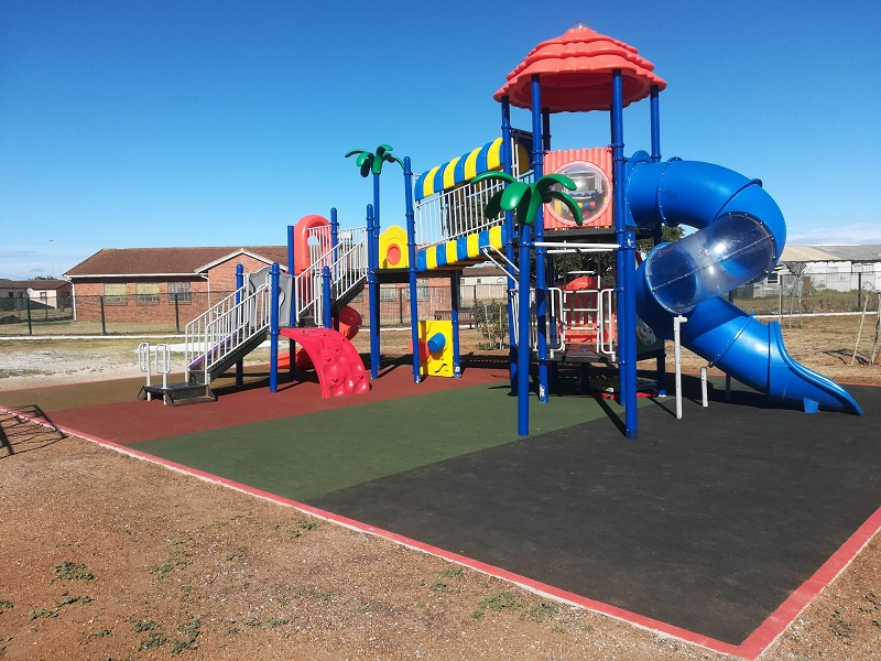 SoftFall has been installing the playground surfacing solution, fitted beneath jungle gyms, at public parks since July this year. Image credit: SoftFall