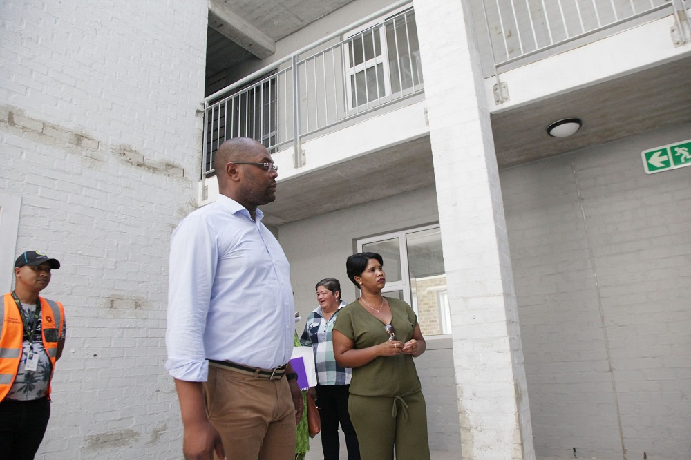 The City of Cape Town's Mayoral Committee Member for Human Settlements, Councillor Malusi Booi, visited the Glenhaven social housing project. Image credit: City of Cape Town