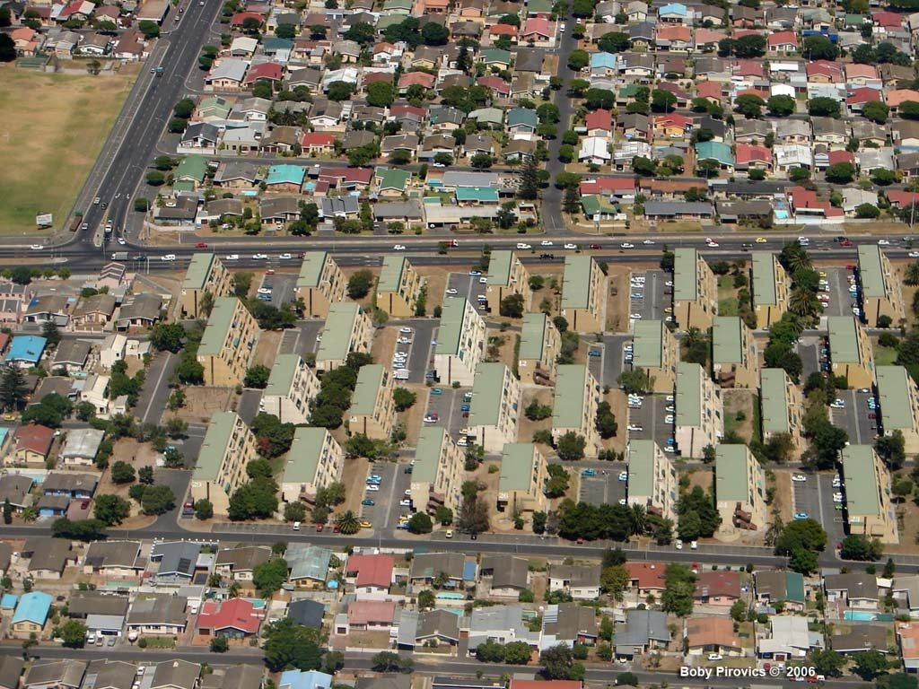 Housing in the area of Cape Town's Giel Basson Drive. Image credit: Mapio