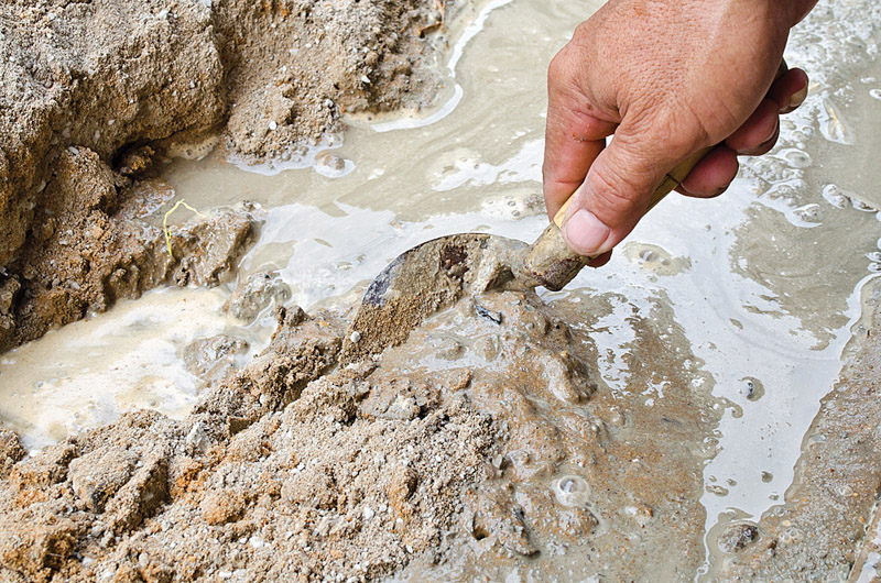 The water used in the plaster mix should be fit for drinking. Photo by CCSA