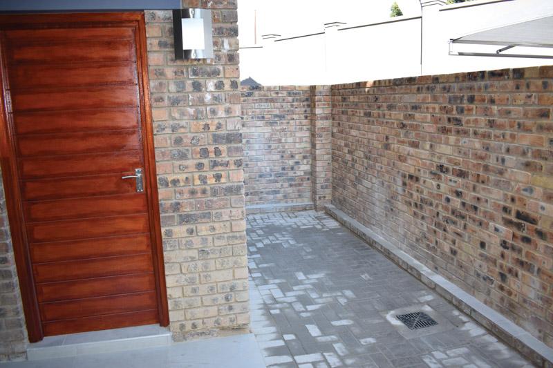 patio-leading-off-main-bedroom